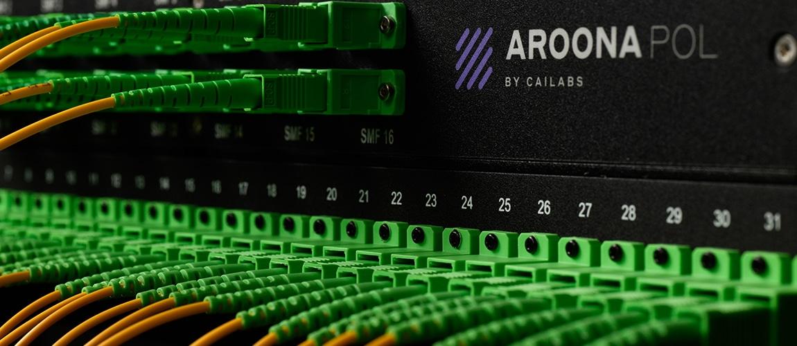 Boitier AROONA POL ©Atypix
